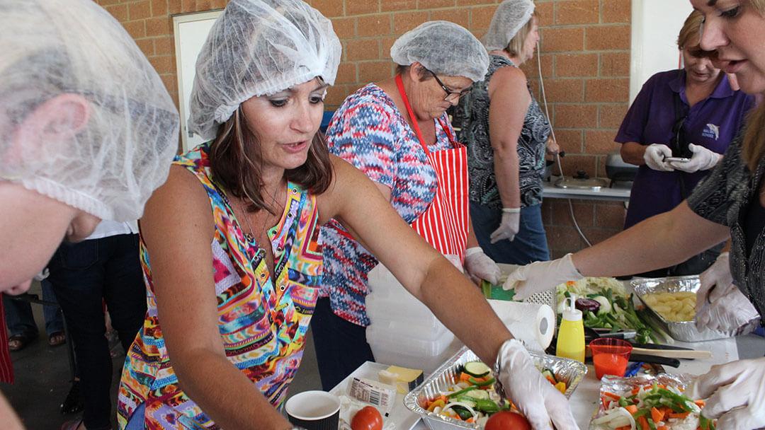 community-kitchen-cooking-women