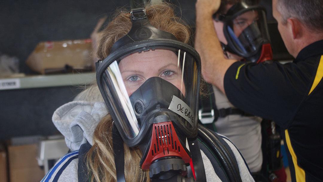 executive-adventures-woman-oxygen-mask