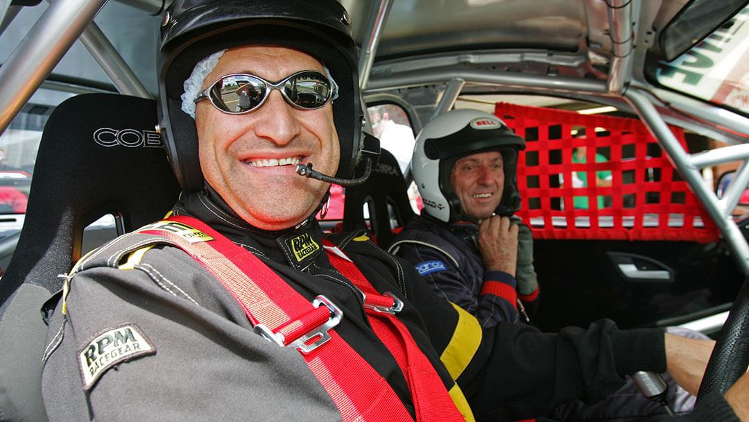executive-adventures-men-racing