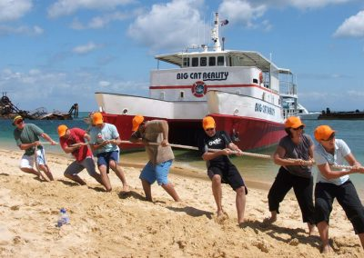 tug of war team building activity