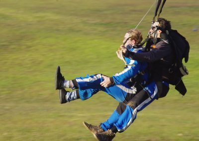 parachuting-tandem-landing