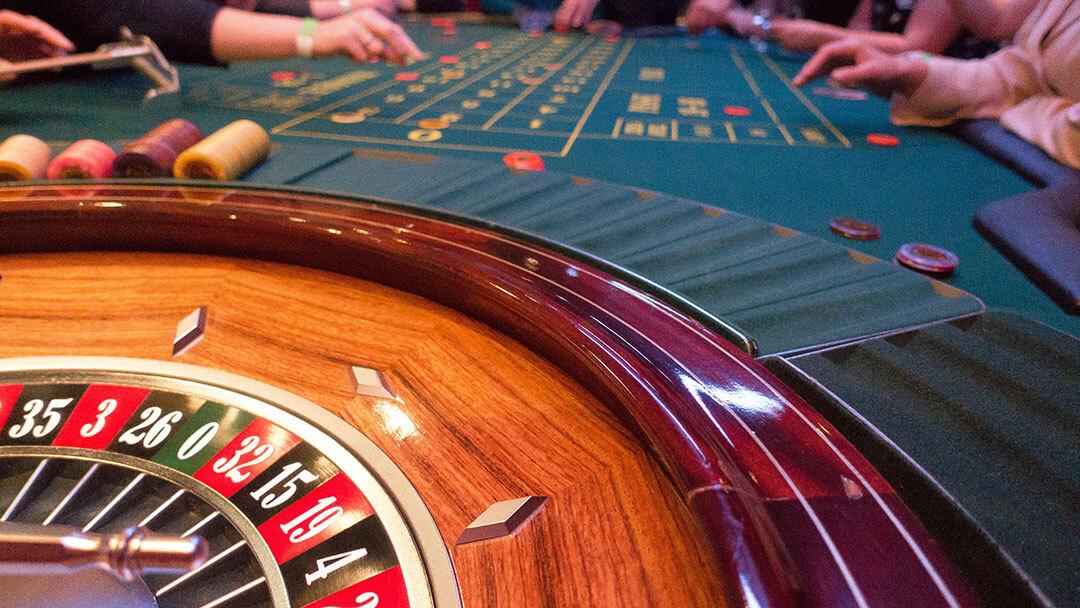 casino royale game shot